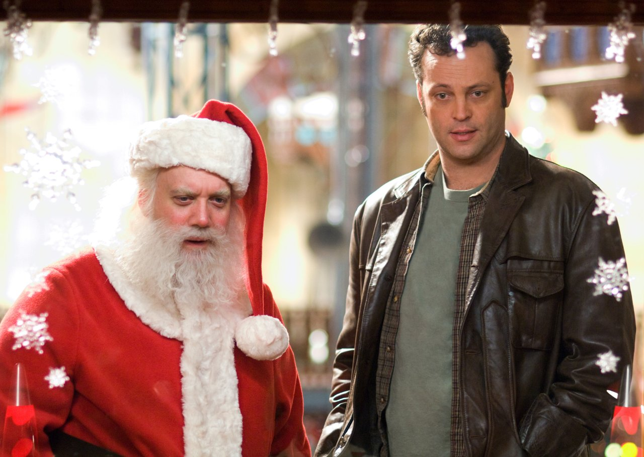 http://www.kritikanstvo.ru/movies/f/fredclaus/images/fredclaus_36058.jpg