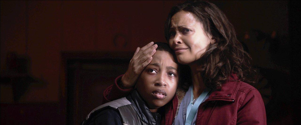 Кадры из фильма «Исчезновение На 7-й Улице» / 2010